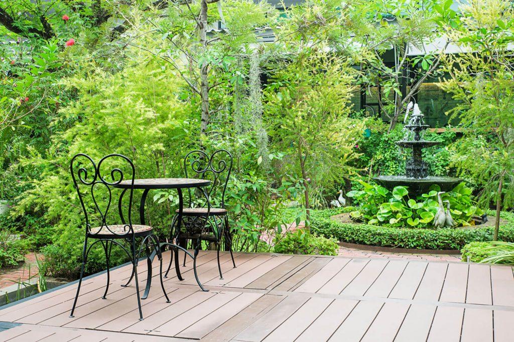 <center><b>Jardines con encanto: 6 pasos para convertir tu jardín en un cuento de hadas</center></b> 4